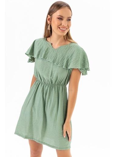 Emjey Yaka Pelerinli Elbise Yeşil